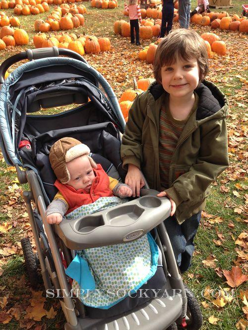 PumpkinPicking2012_1 1000px