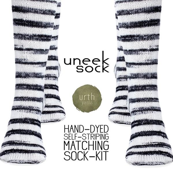 Urth_SockKit_Zebra4